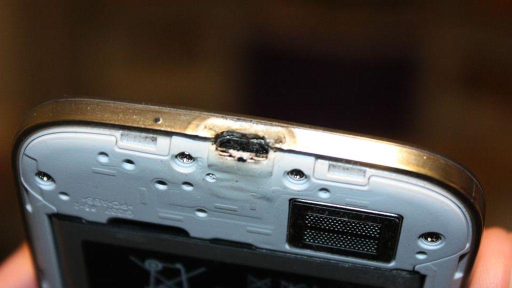 Galaxy S4 quemado, Galaxy S4 incendiado
