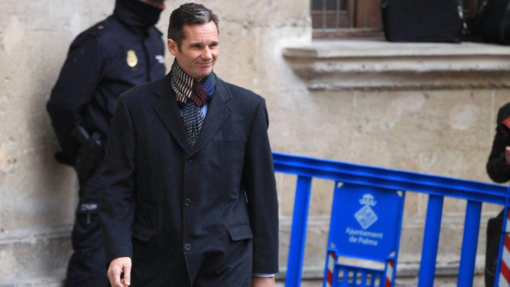 Iñaki Urdangarin sale del juzgado de Palma de Mallorca