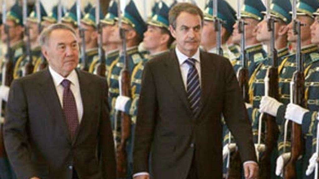 Según Zapatero, el Gobierno ya esperaba que el mes de junio fuese complicado en los mercados financieros.