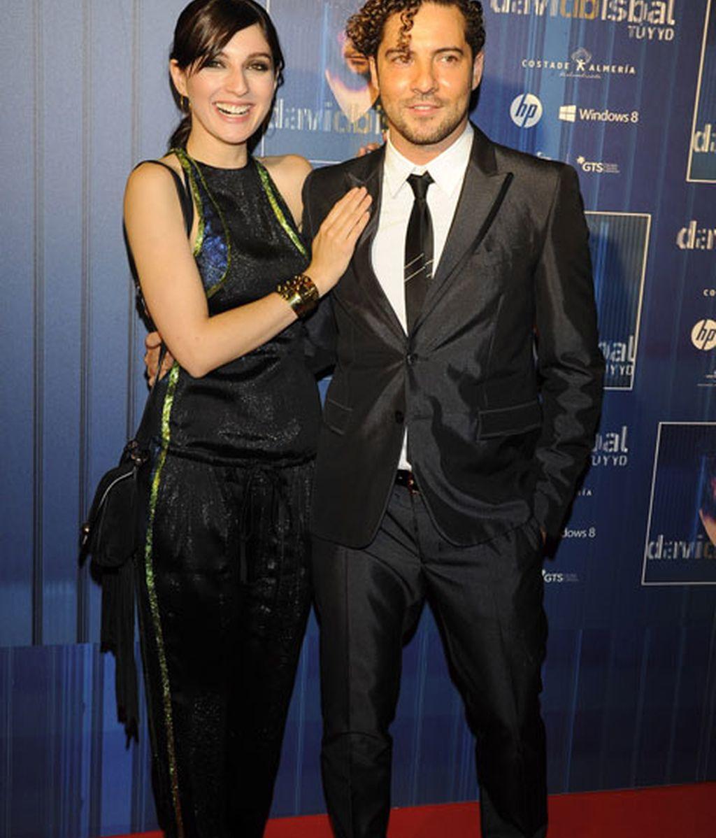 David Bisbal junto a María Valverde, su 'pareja' de videoclip