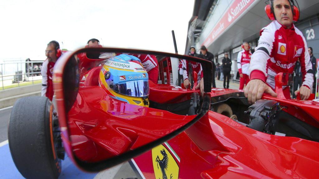 Fernando Alonso, en el GP de Gran Bretaña. Foto: Efe