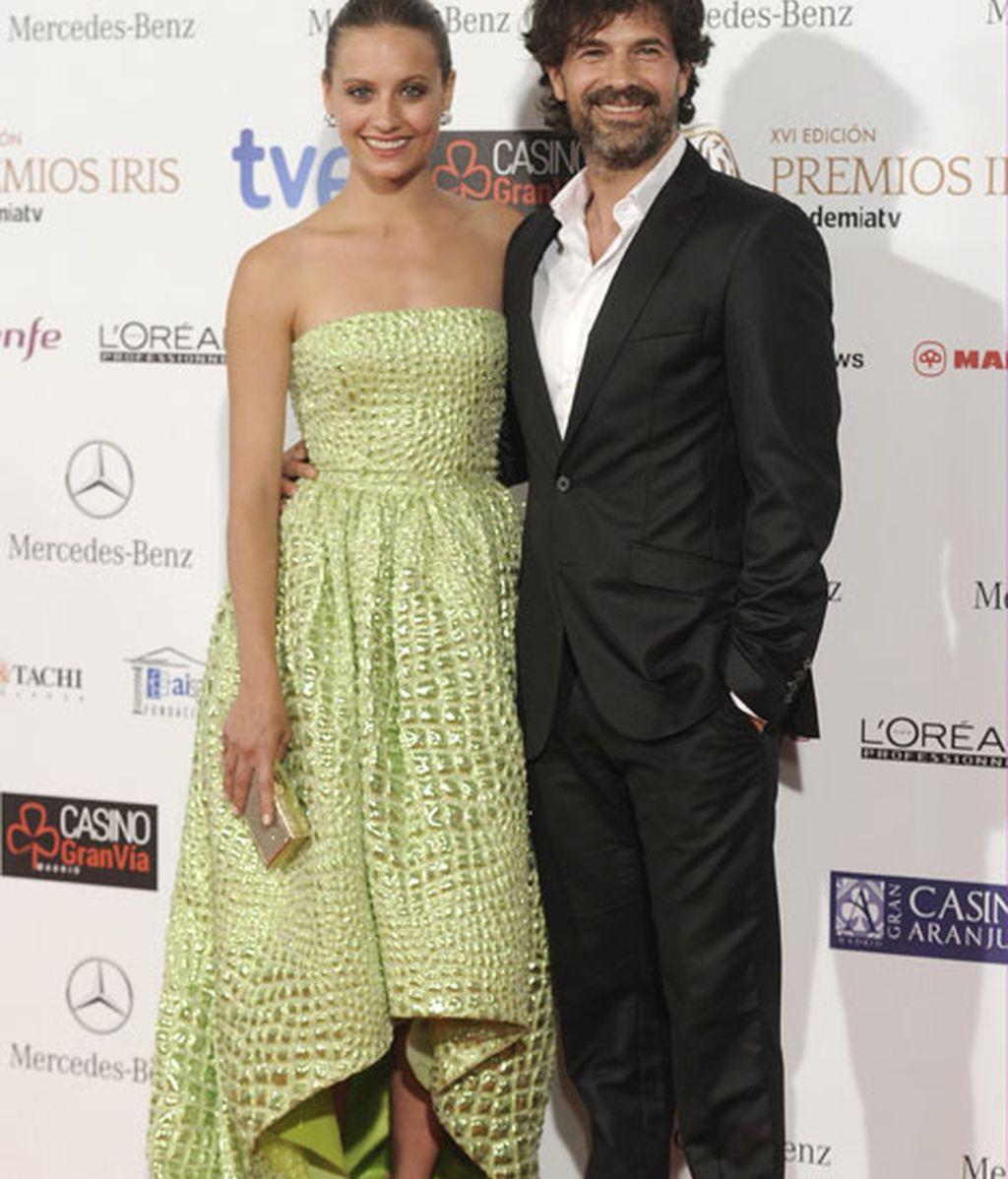 Michelle Jenner y Rodolfo Sancho posaron juntos ante los fotógrafos