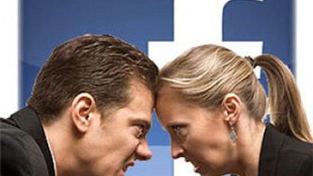 """Tal y como explica un estudio de la página """"Divorce-online"""", la razón más citada para la petición del divorcio ha sido el uso de chats sobre sexo de Facebook de las parejas."""