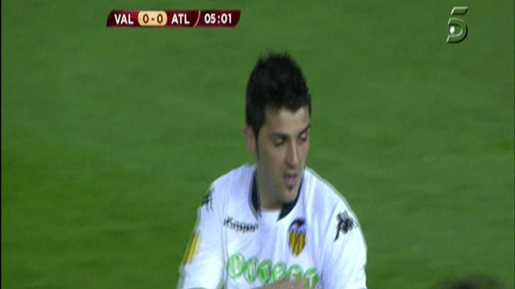 Villa, anulan su gol