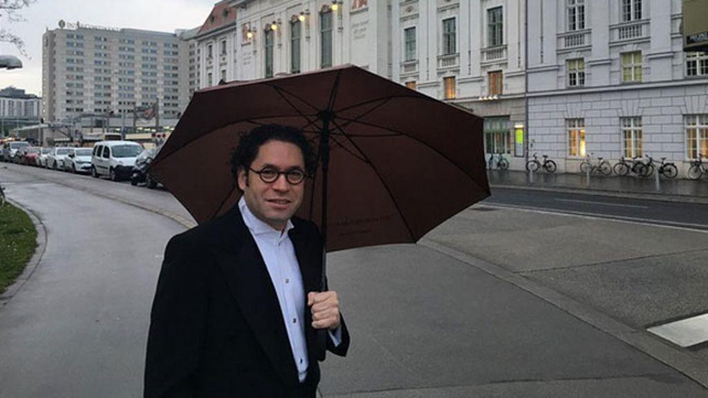 Ha dirigido a la Filarmónica de Viena y María le ha acompañado