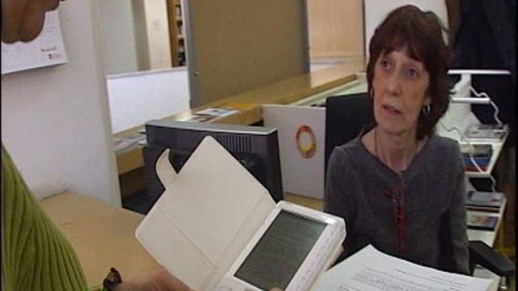El libro electrónico llega a las bibliotecas