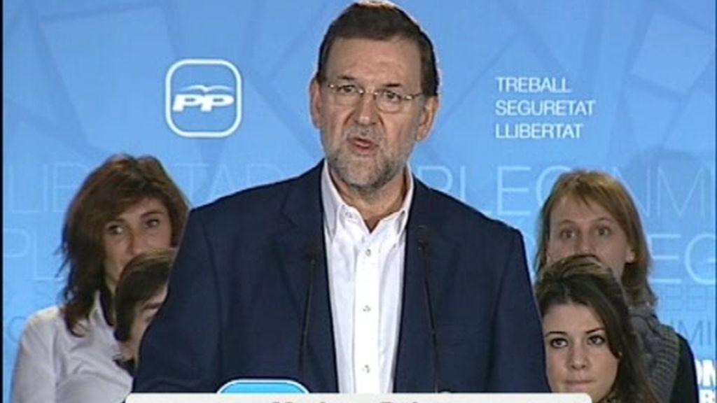 Rajoy recrimina a Zapatero su silencio sobre el Sáhara