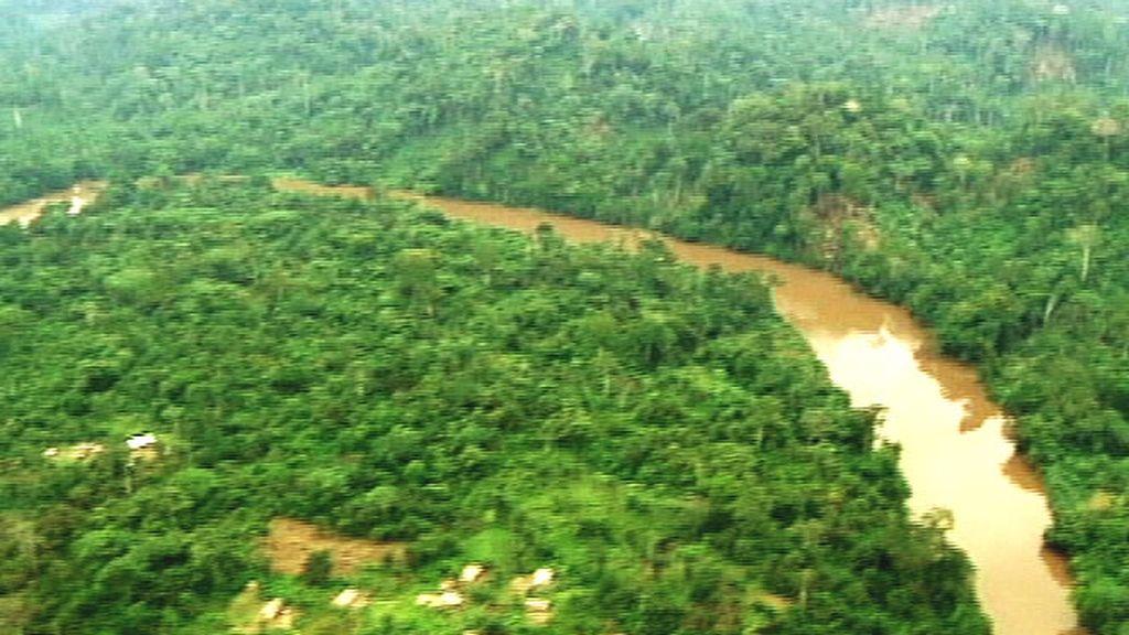 Vista aérea de un río en Congo