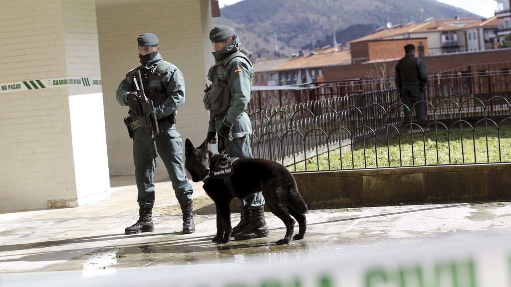 Cuatro detenidos vinculados con el frente de presos de ETA
