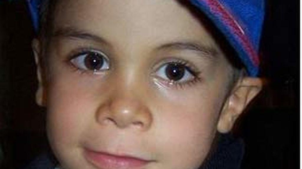 Juanma es un niño de cinco años con el Síndrome de Alexander. Vídeo: Informativos Telecinco