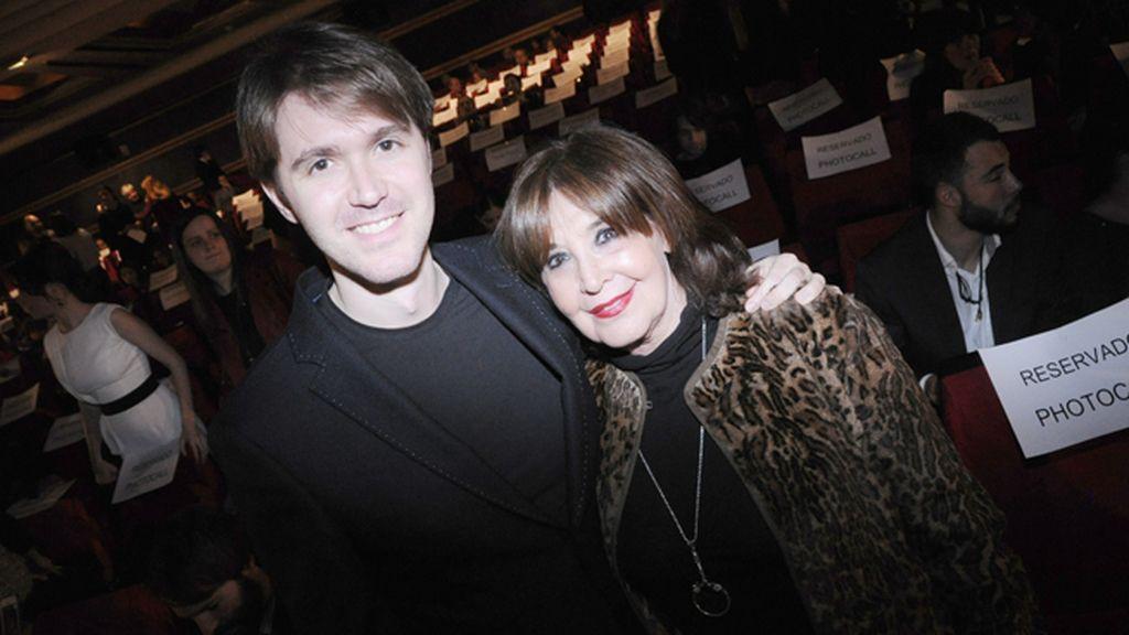 Concha Velasco disfrutó de la película en compañía de su hijo Manuel