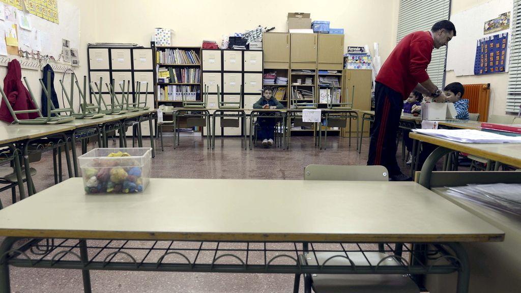 Aulas vacías en los colegios públicos