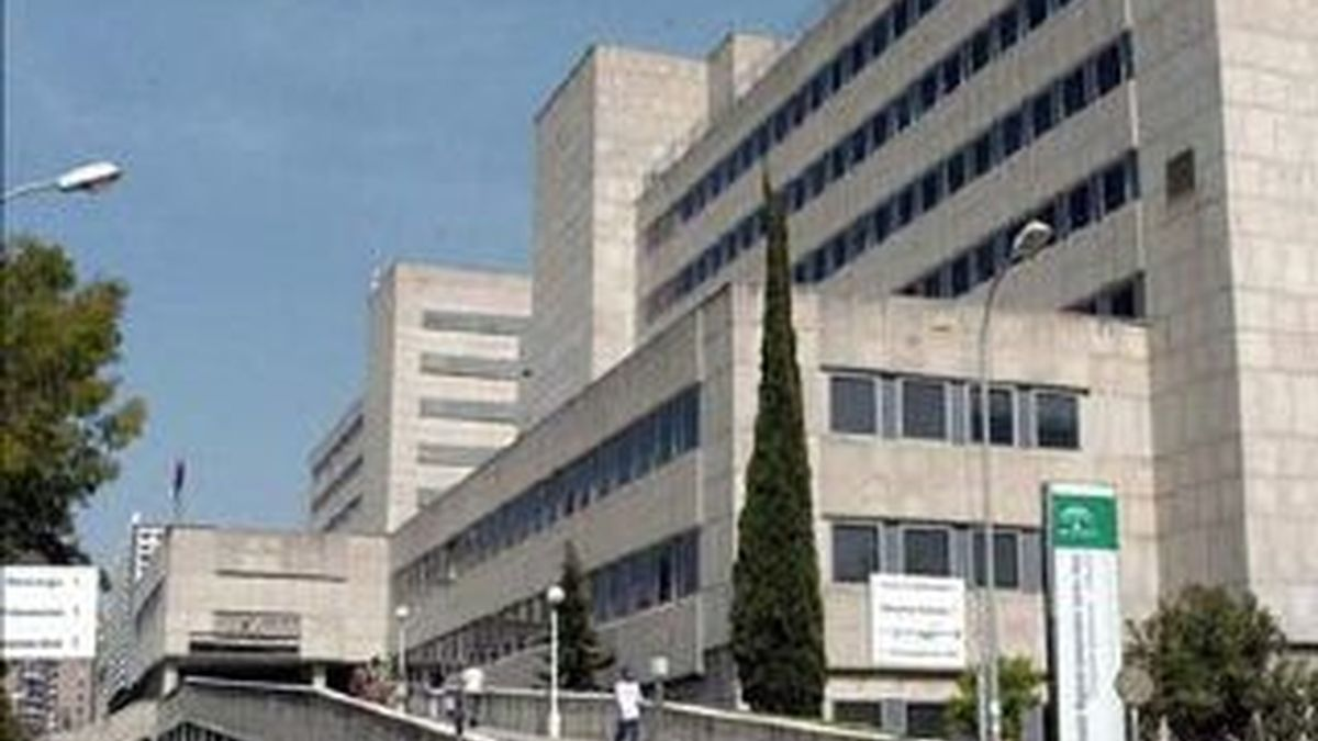 Su hermano mellizo está ingresado en el hospital Materno Infantil de Málaga.
