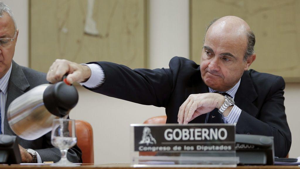 Luis de Guindos en la Comisión de Economía del Congreso