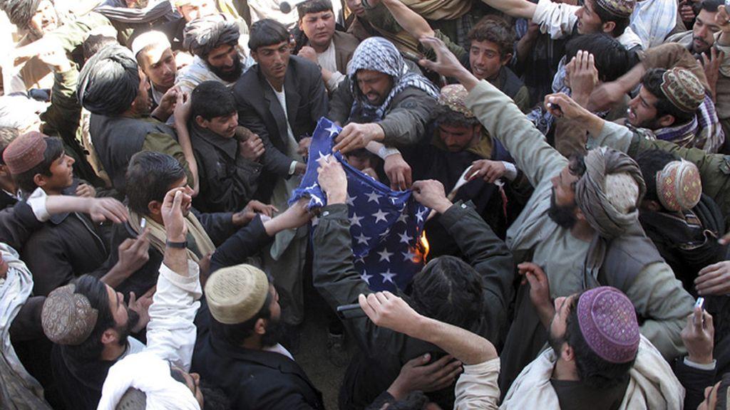 La quema de ejemplares del Corán realizada en la base aérea de Bagram desató tres días de violentas protestas con varios muertos.