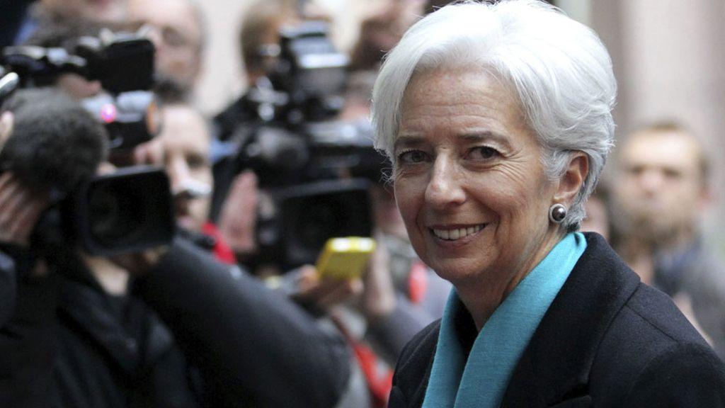 Christine Lagarde llega a la reunión del Eurogrupo donde se ha desbloqueado el rescate para Grecia