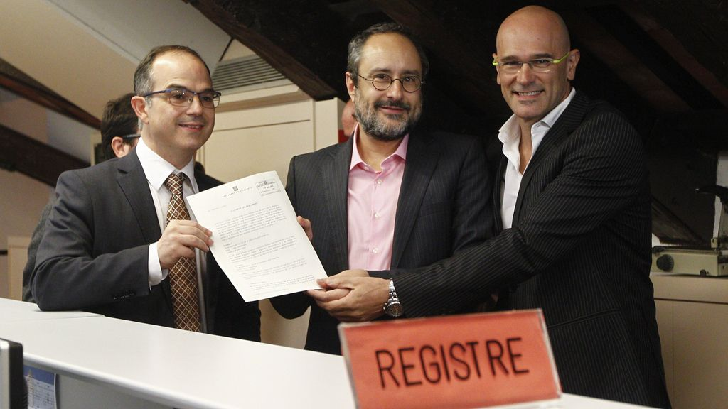 """JxSí y CUP amplían su resolución para """"blindar derechos"""" ante impugnaciones del TC"""