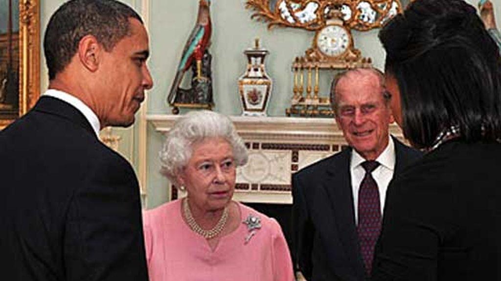 Cena en Buckingham ofrecida por la Reina