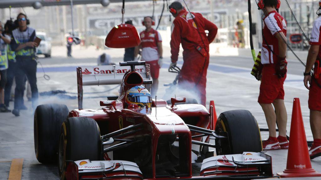 Alonso en el Gran Premio de Fórmula 1 Dhabi Abu