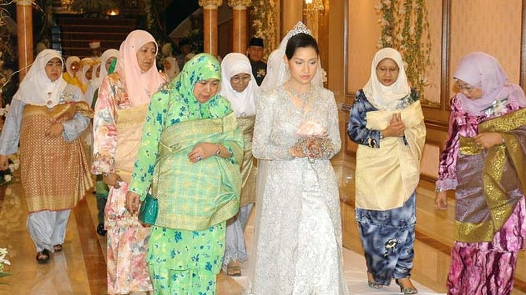 26-08-2006 la princesa Hajah Huda Bahaaul Bolkiah y Mohamed Suhaimi/ Jerudong (Brunei)