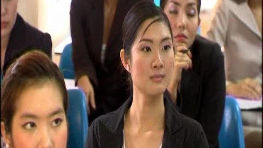 Una aerolínea tailandesa contrata a transexuales como azafatas