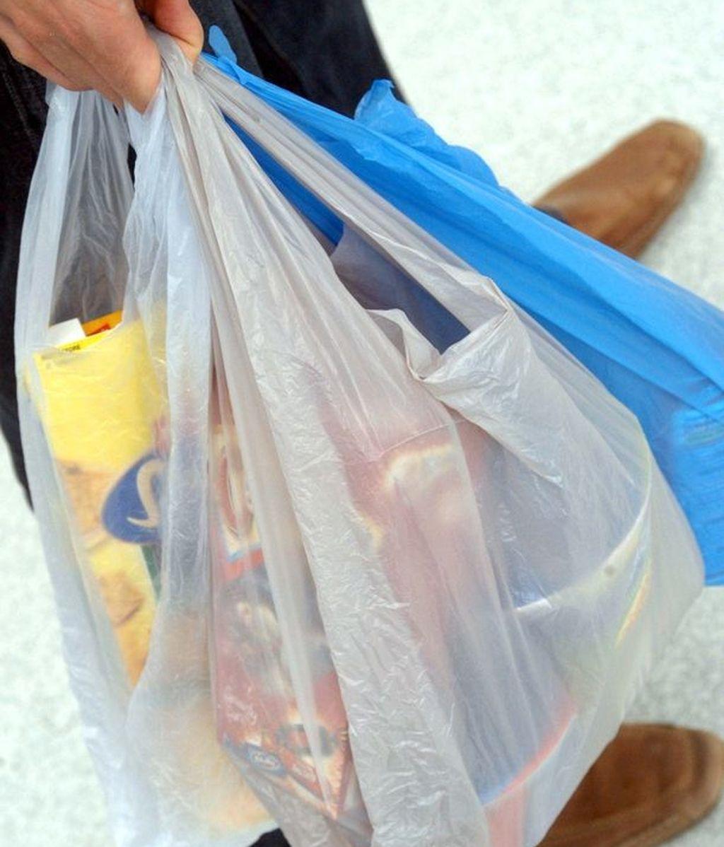Las bolsas desaparecerán en 2018 con la aprobación de la Ley de Residuos y Suelos Contaminados.