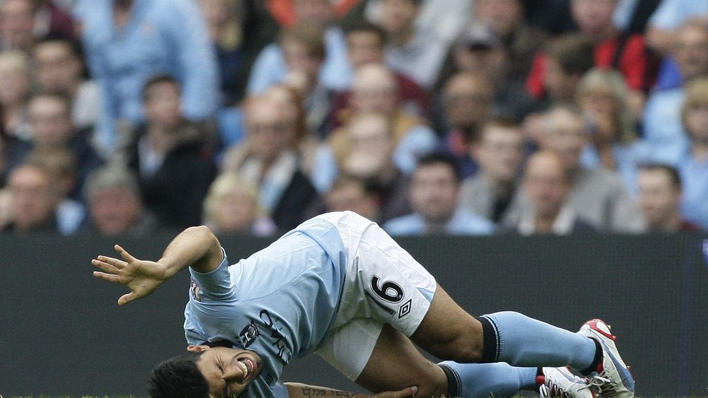 Kun Aguero, Manchester City, Europa League