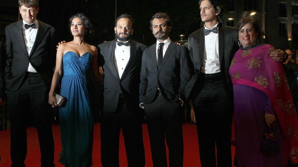 Actores de la película india 'Monsoon Shootout'