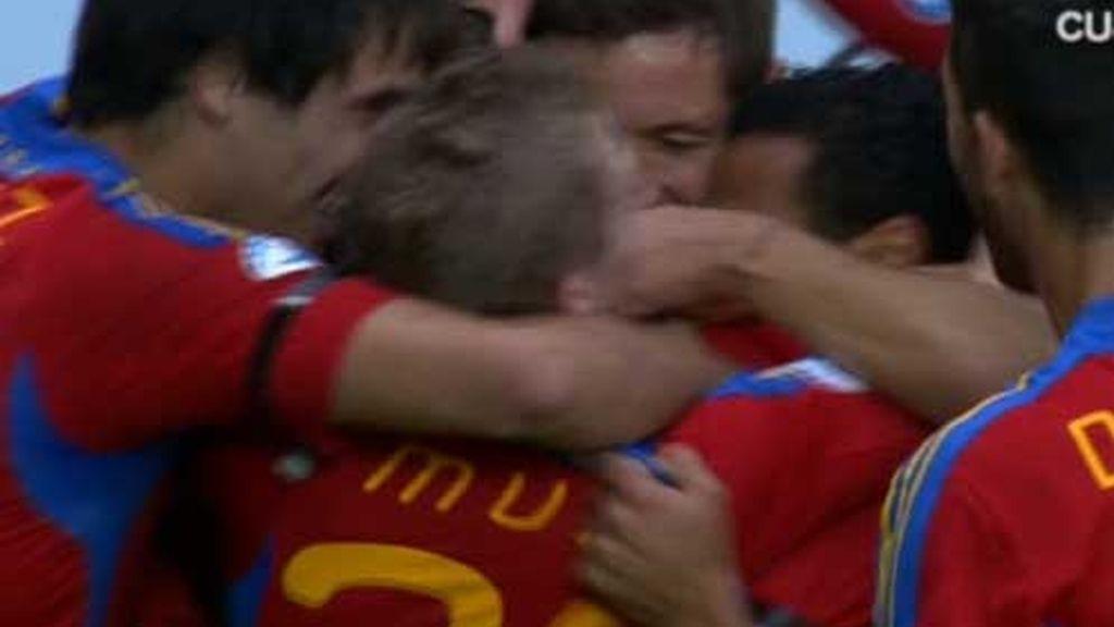 'La Rojita' celebra el gol