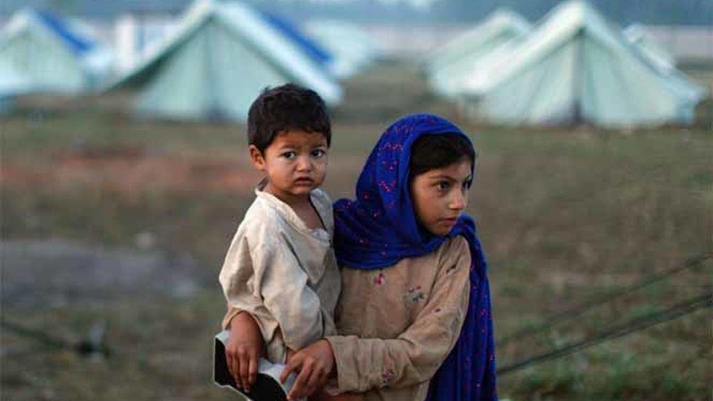 Los civiles huyen del Valle del Swat