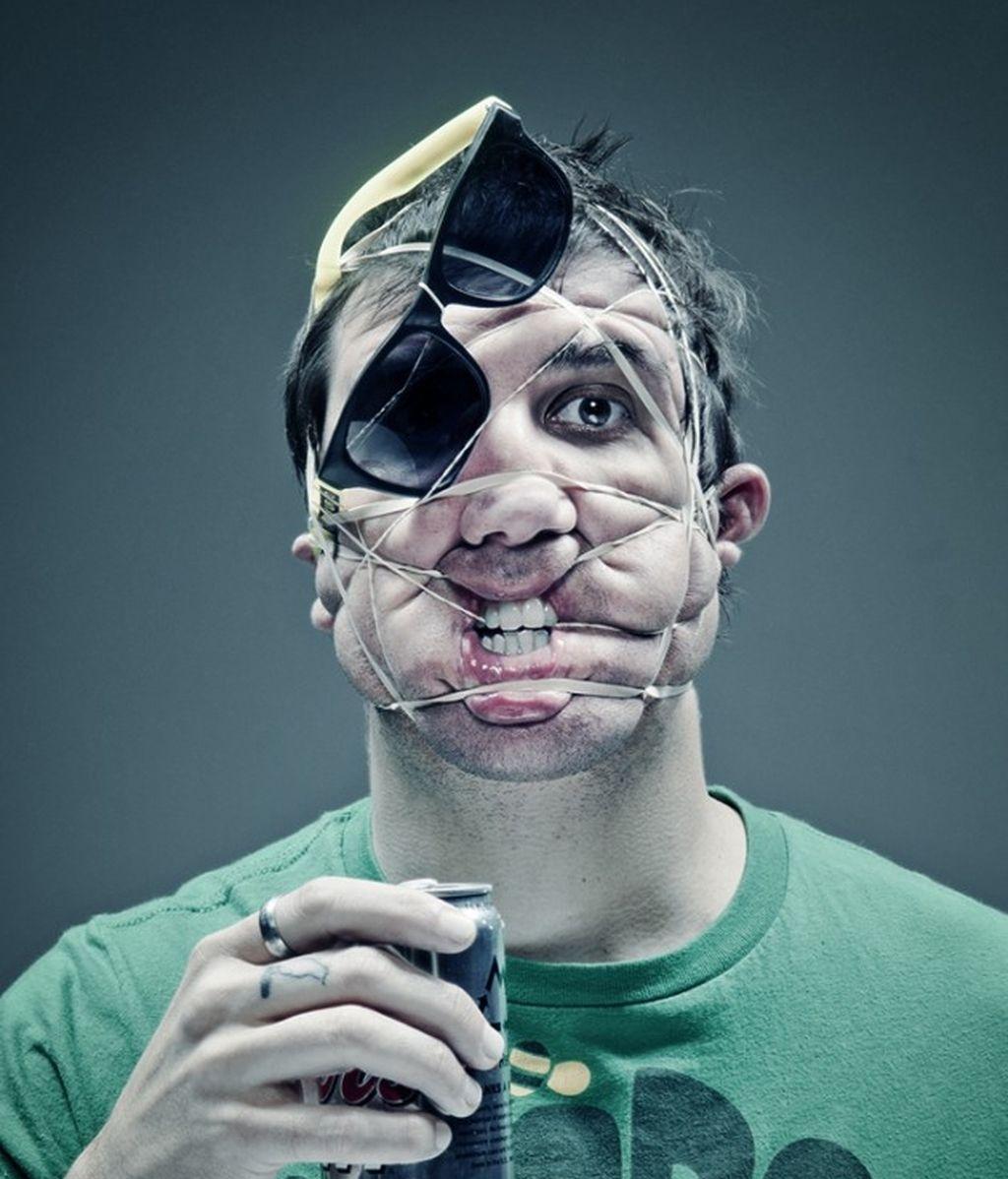 Retratos deformados con goma