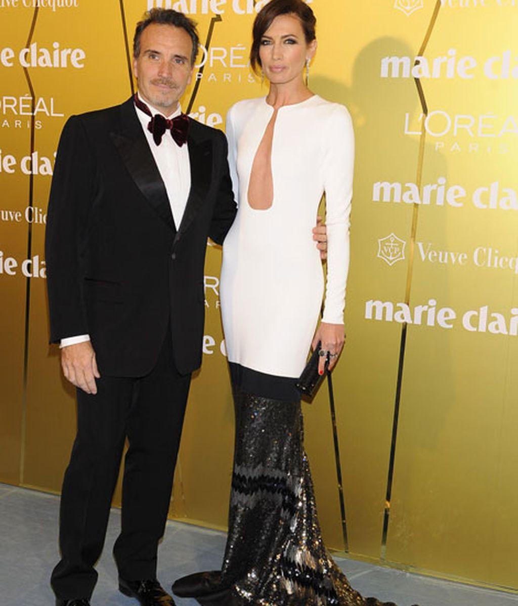 Nieves Álvarez, junto a Marco Severini y vestida de Stephane Rolland
