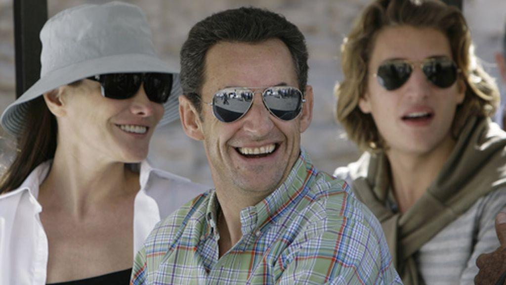 Sarkozy defiende su relación