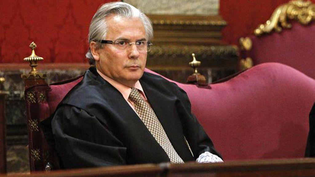 Garzón anuncia que no se hará cargo de la defensa de Snowden