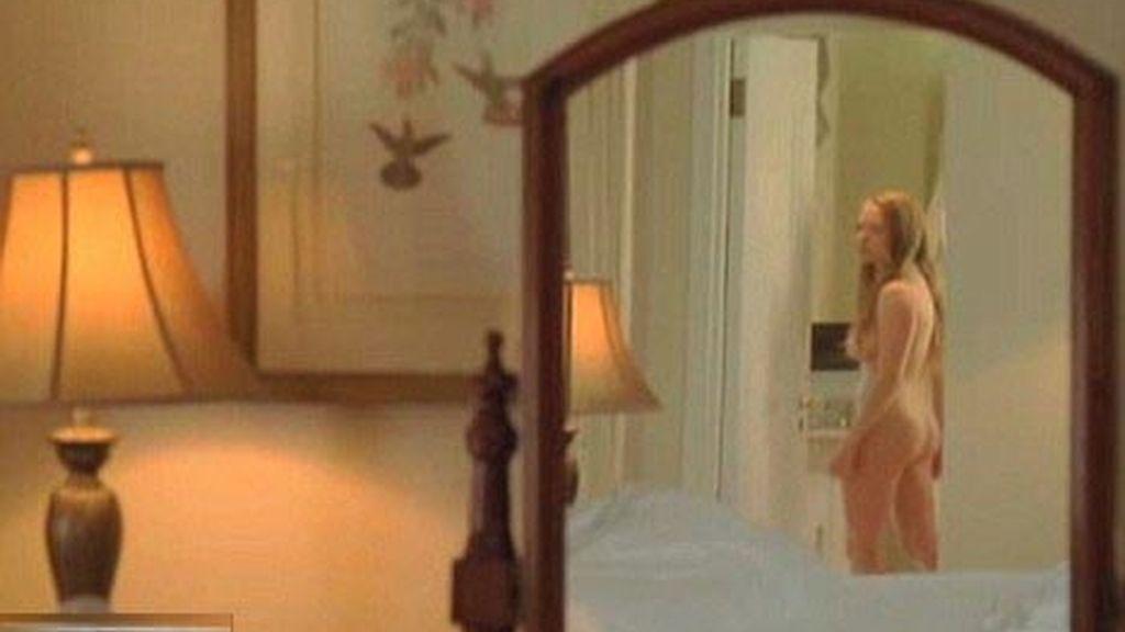 Julianne Moore en una ardiente escena lésbica con Amanda Seyfried