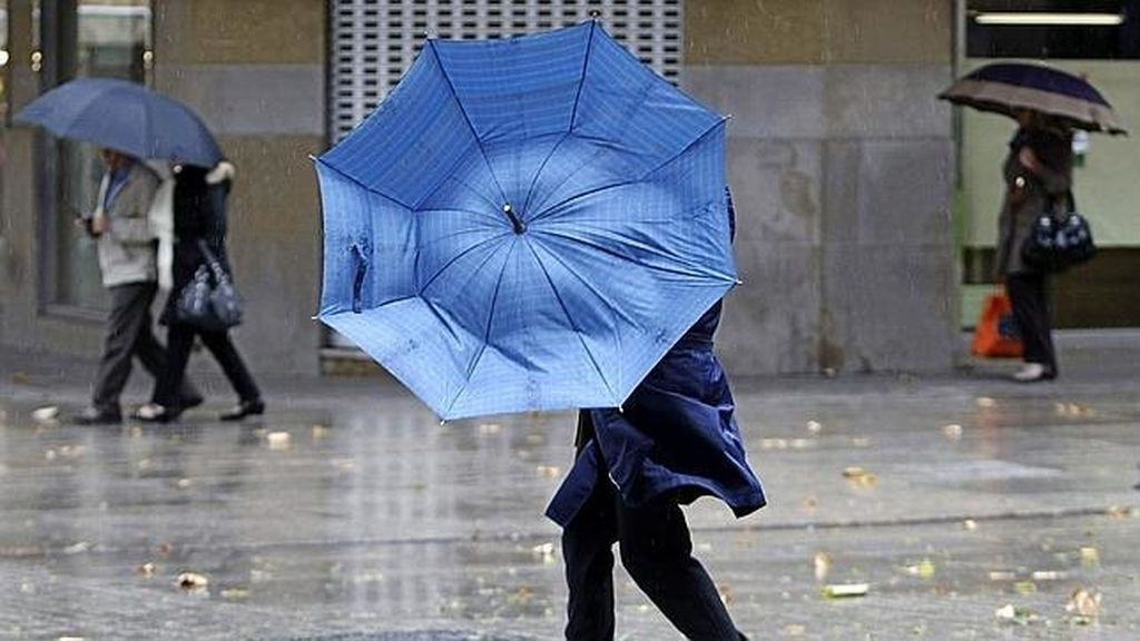 El viento y la lluvia serán protagonistas en el puente de todos los Santos