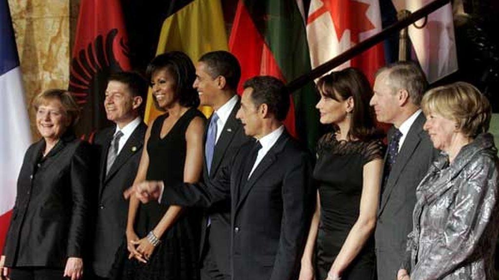 Los Obama captan toda la atención en la Cumbre de la OTAN