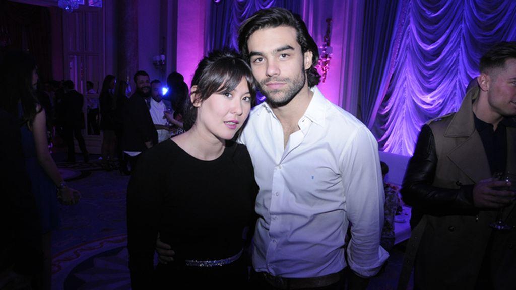 Melania Pan, directora de Harper´s Bazaar, con Diego Osorio