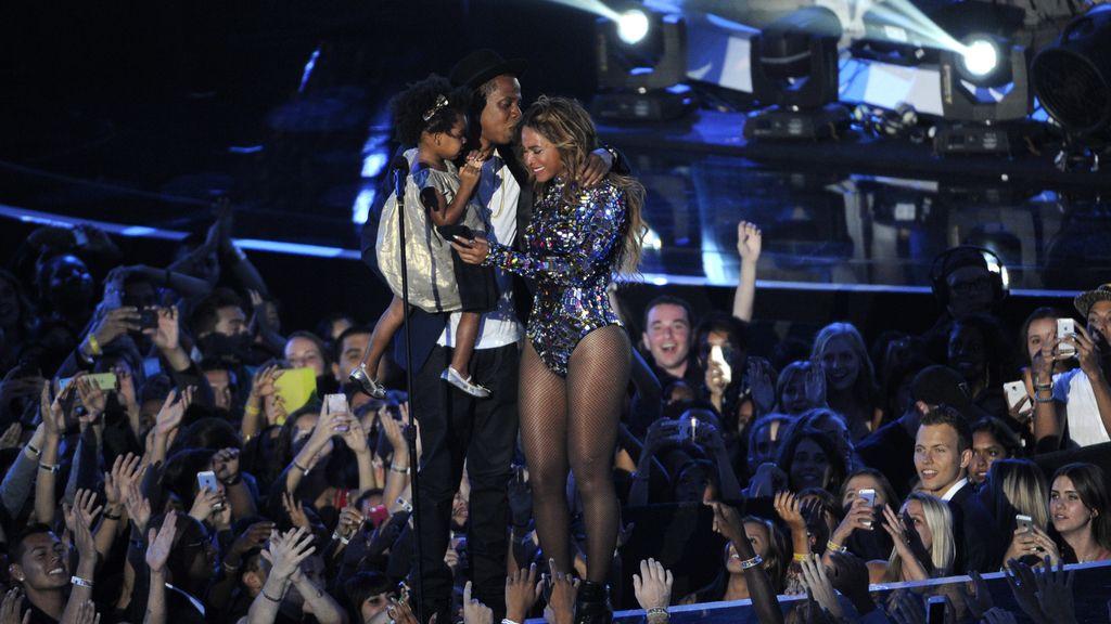Beyoncé con su familia en los MTV Video Music Awards