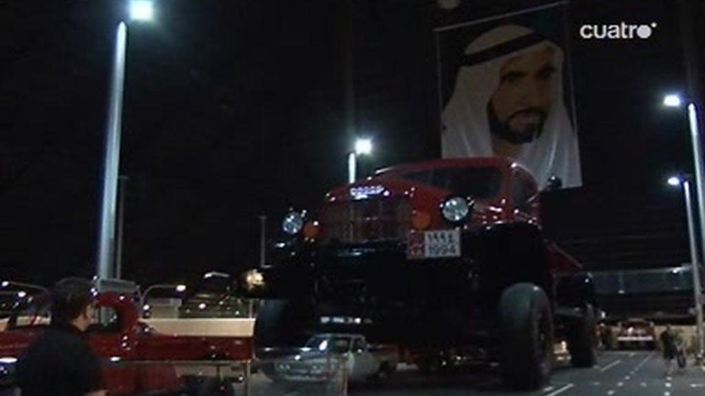 Abu Dhabi: El coche más grande del mundo se encuentra aquí