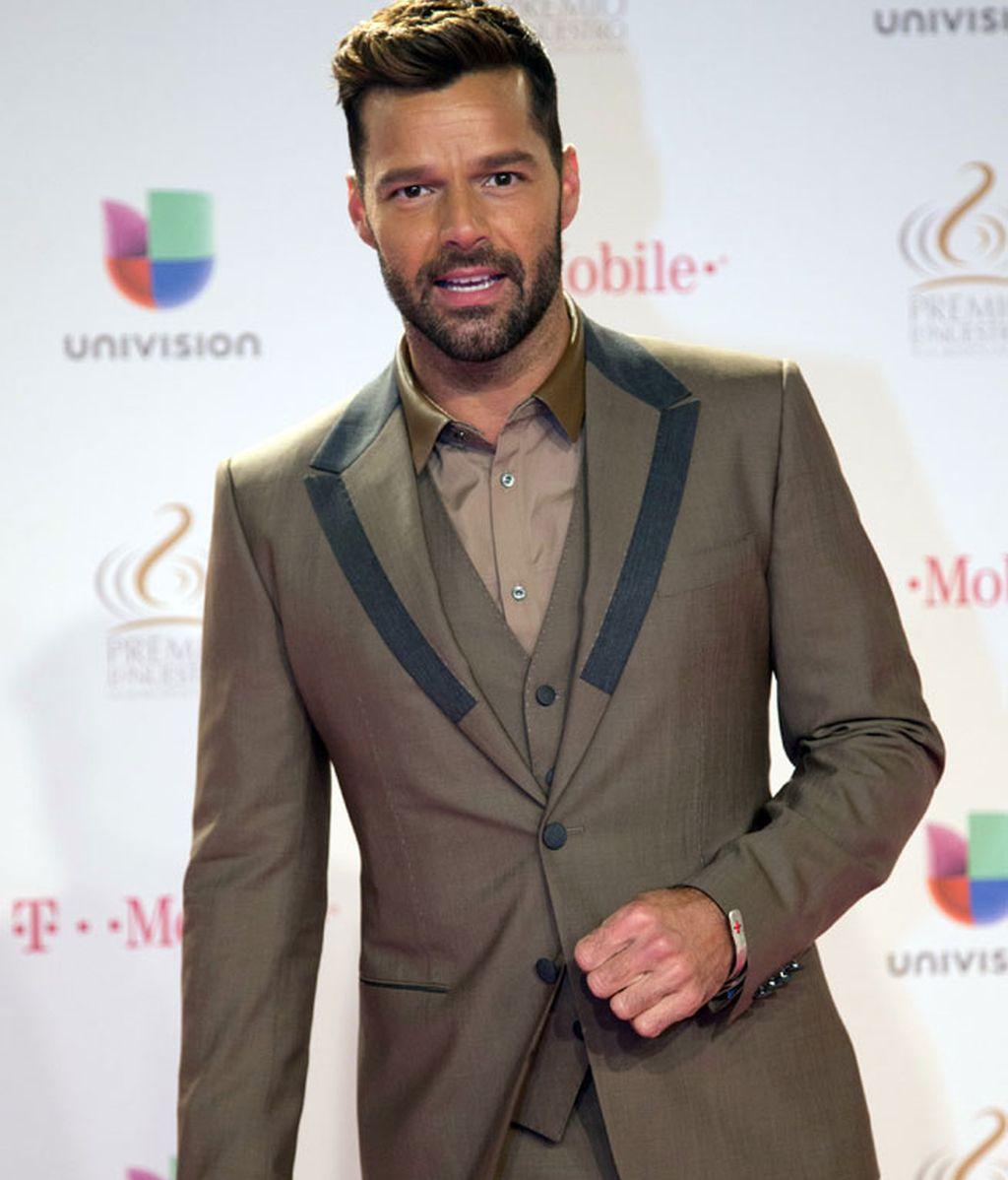 Ricky Martin estrenó por sorpresa su nuevo single 'Disparo al corazón'