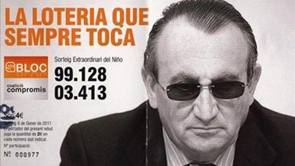 Fotografía facilitada por el Bloc que muestra una de las participaciones para la lotería del Niño emitidas por el Bloc de Ontinyent en las que figura la imagen del presidente de la Diputación de Castellón, Carlos Fabra. EFE