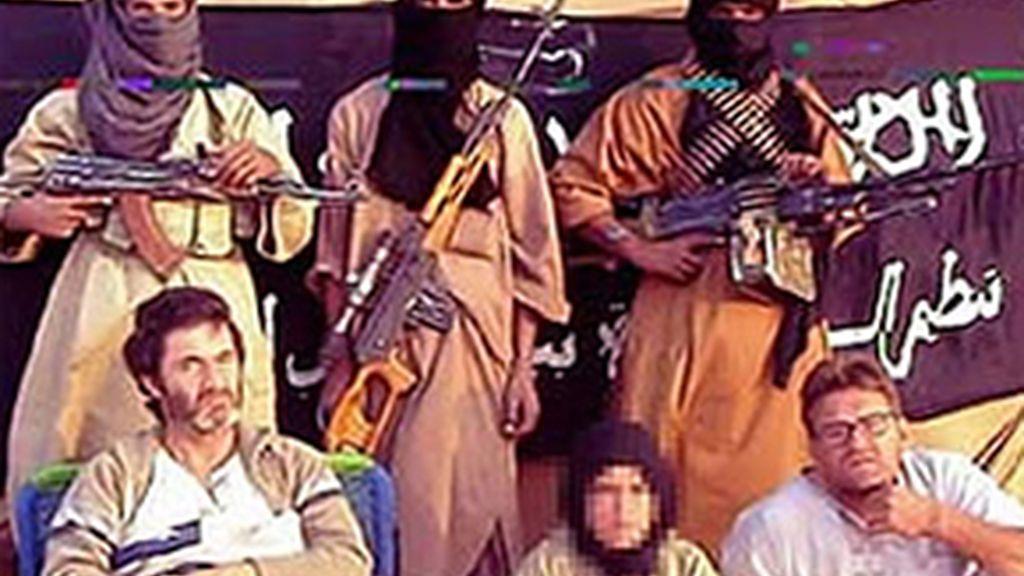 Al Qaeda muestra a los cooperantes españoles