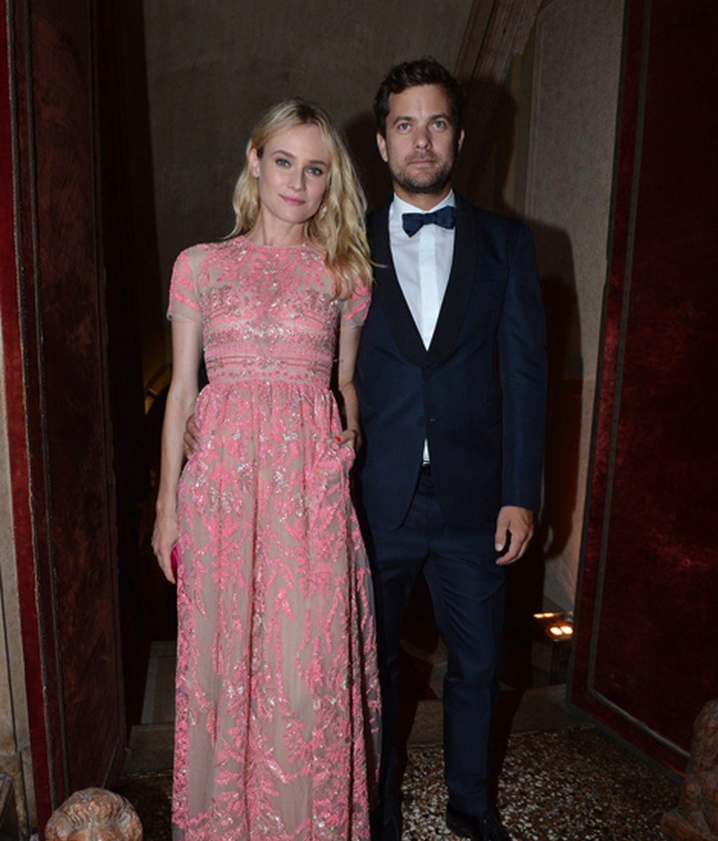 Diane Kruger y Joshua Jackson en la Fiesta de Valentino