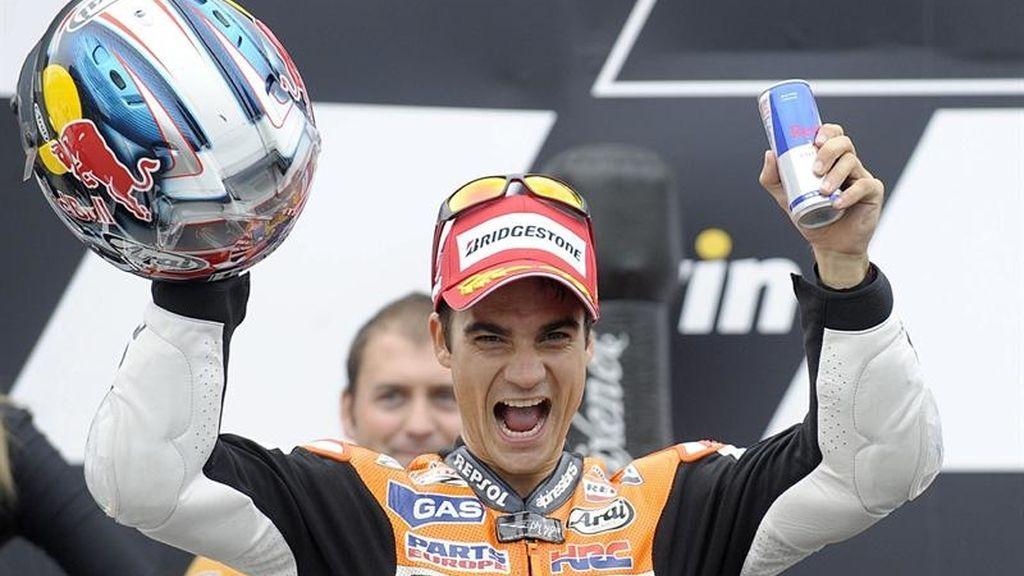 Pedrosa celebra en el podio de Brno su victoria