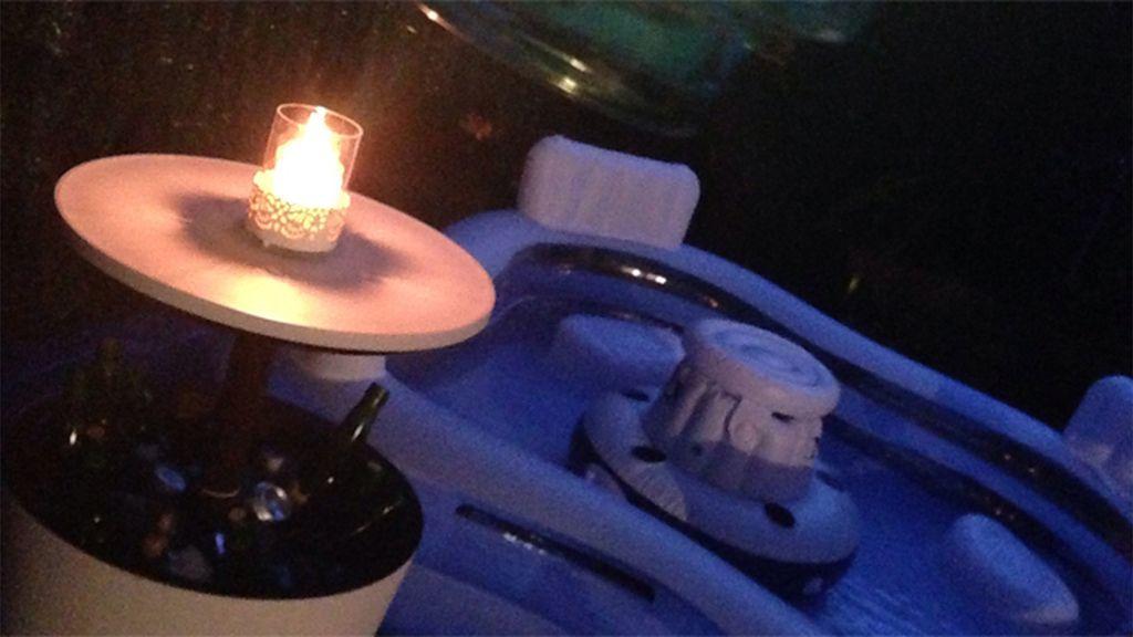 Unas cervezas fresquitas y un baño a la luz de las velas, el 'punto d' de Ana Redruello