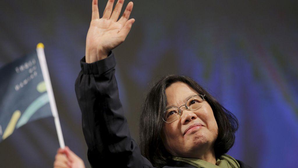 Una profesora universitaria desplaza del poder en Taiwán a los prochinos