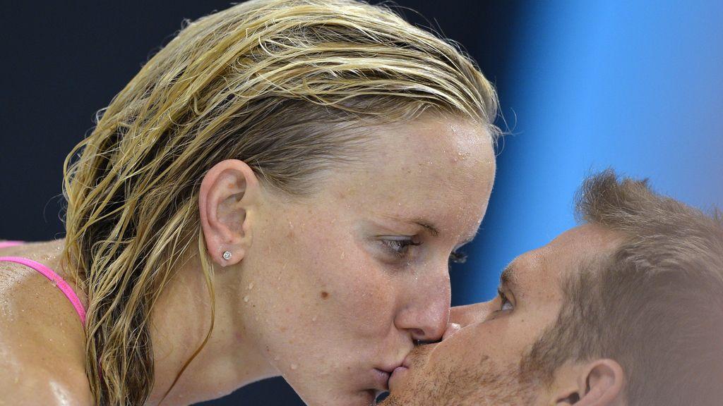 La nadadora estadounidense Jessica Hardy con su novio Dominik Meichtry