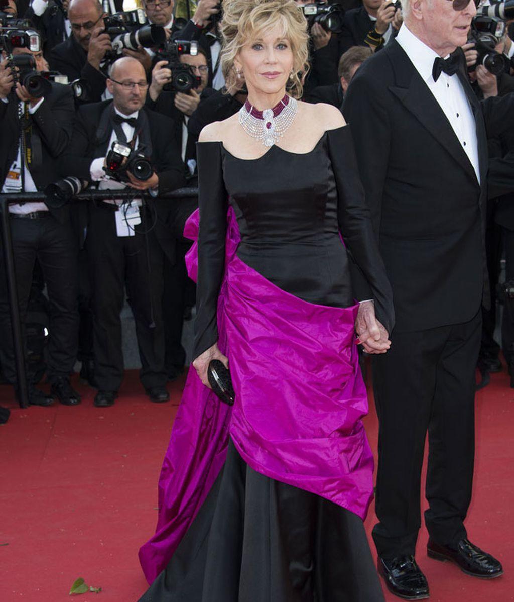 Jane Fonda con un vestido de Maison Schiaparelli