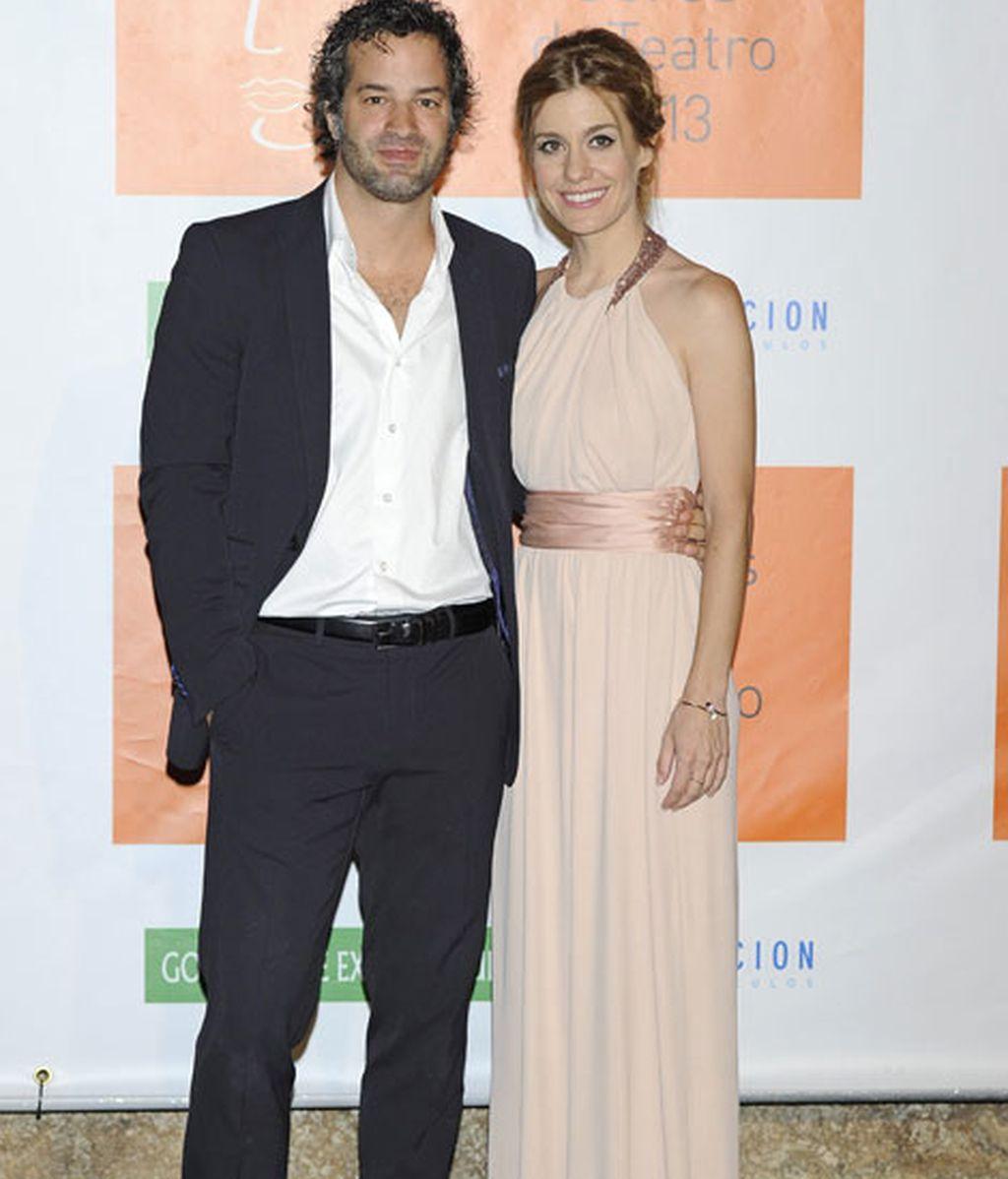 La actriz Alexandra Jiménez acudió con su chico, Luis Rallo